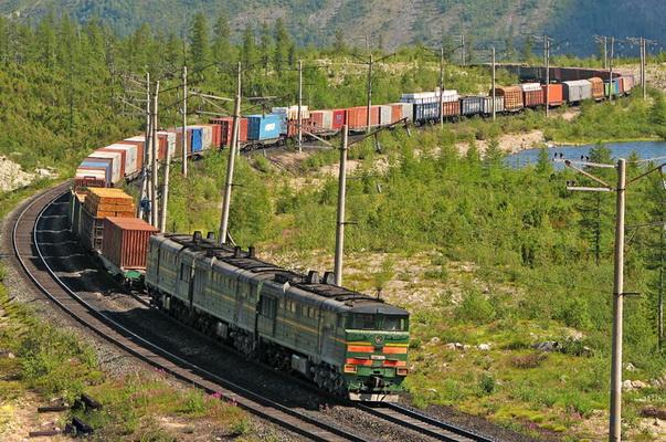Грузоперевозки по железной дороге, в том числе внутренние и международные грузовые перевозки