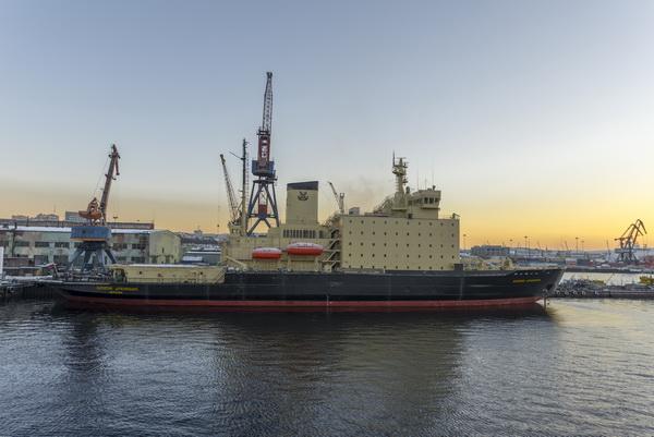 Таможенное оформление экспорта и импорта