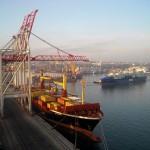 Грузооборот портов Эстонии за 10 месяцев 2013 года вырос на 0,4% - до 35,8 млн тонн