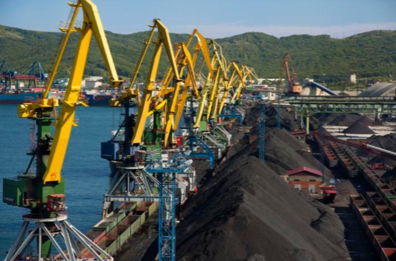 Грузооборот Восточного Порта за 9 месяцев 2015 года вырос на 5,6%